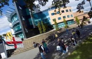 دانشگاه سوانزی انگلستان